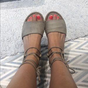 Diane Von Furstenberg suede sandals espadrille